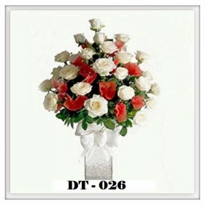 DT26-300x300 Bunga Meja